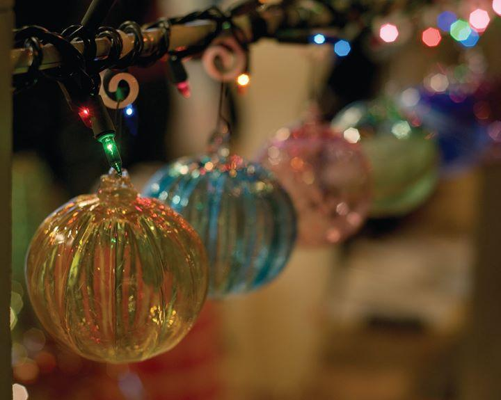 Holiday Glass Sale 12/4/2015 12:00:00 AM