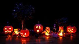 Decoraciones de Halloween 10/28/2016 9:00:00 AM